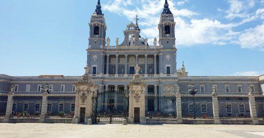 Pontos turísticos de Madrid: Catedral de la Almudena