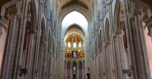 Catedral de la Almudena em Madrid