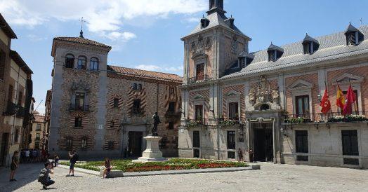 Pontos turísticos de Madrid: Plaza de la Villa