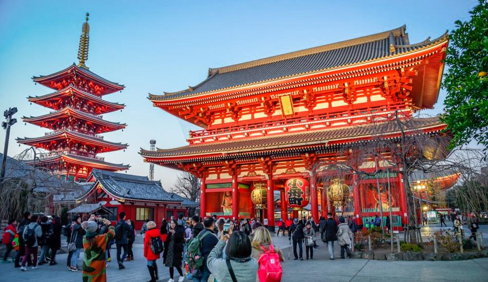 Sensoji (Asakusa Kannon Temple)