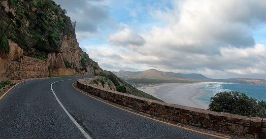 Chapman's Peak Drive no caminho do Cabo da Boa Esperança