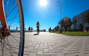 Pedalando em Sea Point na Cidade do Cabo