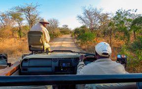 Ranger e Tracker em Safari no Kapama