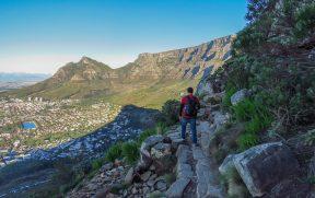 Subindo a trilha da Lion's Head em Cape Town