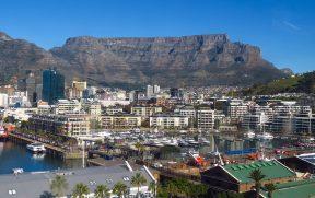 Vista de Cape Town e da Table Mountain