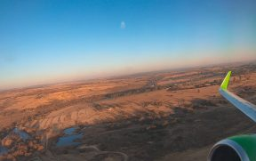 Avião da Kulula sobrevoando a África do Sul