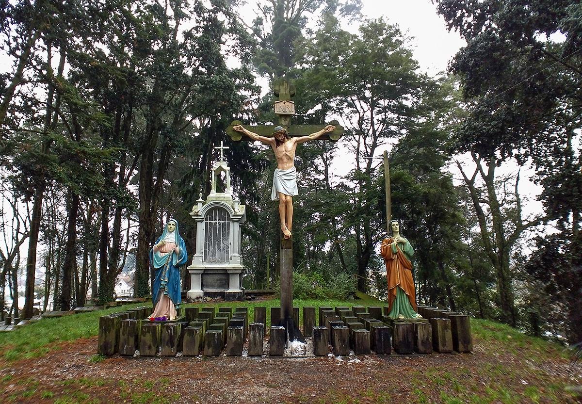 Encenação da crucificação de Cristo