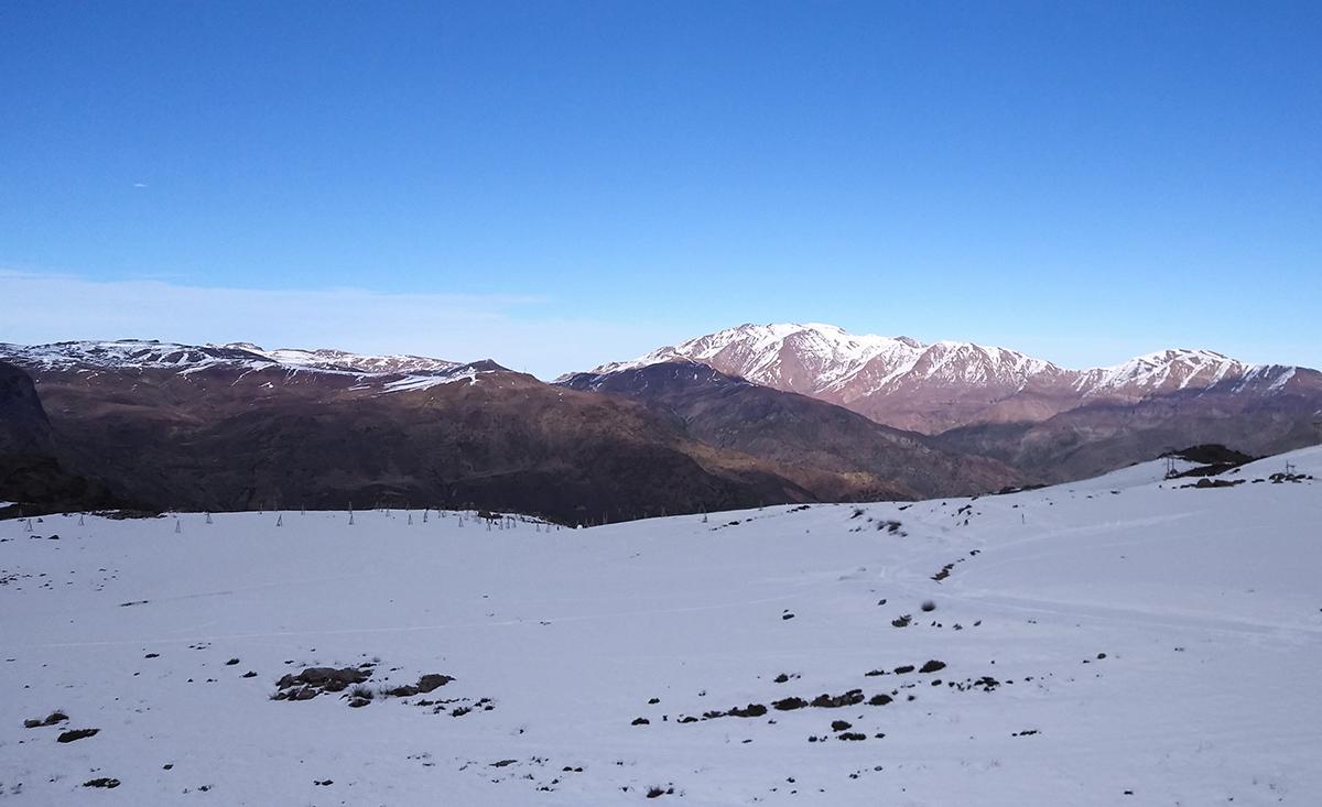 Vistas das montanhas em Farellones