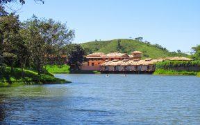 Fazenda Ribeirão: Pensão Completa e Muitas Atividades