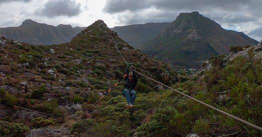 Descendo de Tirolesa em Cape Town
