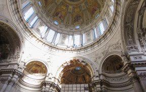 Interior da cúpula da Berliner Dom
