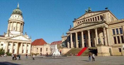 Neue Kirche e Konzerthaus