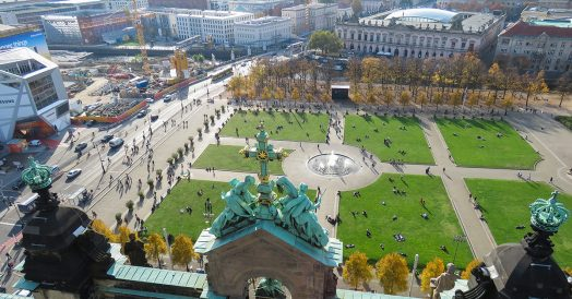 Praça vista do topo da Berliner Dom
