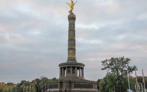 Coluna da Vitória no meio do Tiergarten